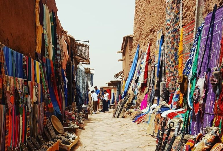 Νύχτες Μαγικές στο Μαρόκο: Το It Girl αναζητά το υλικό των παραμυθιών!