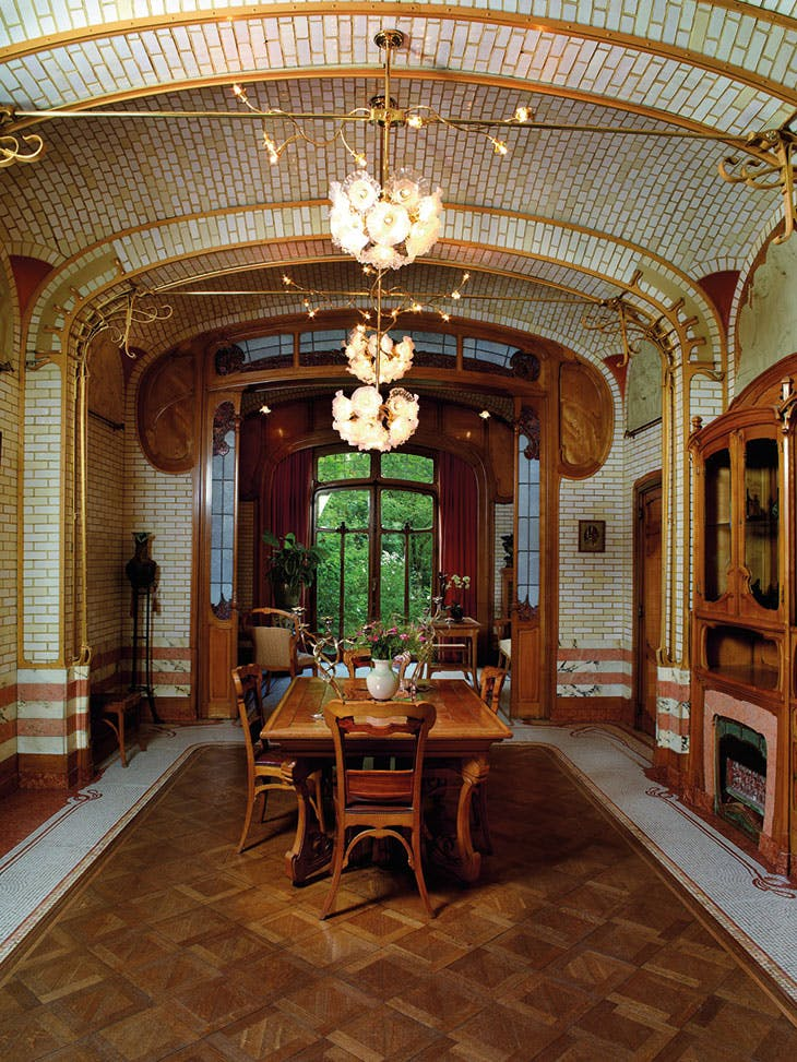 horta_dining_room